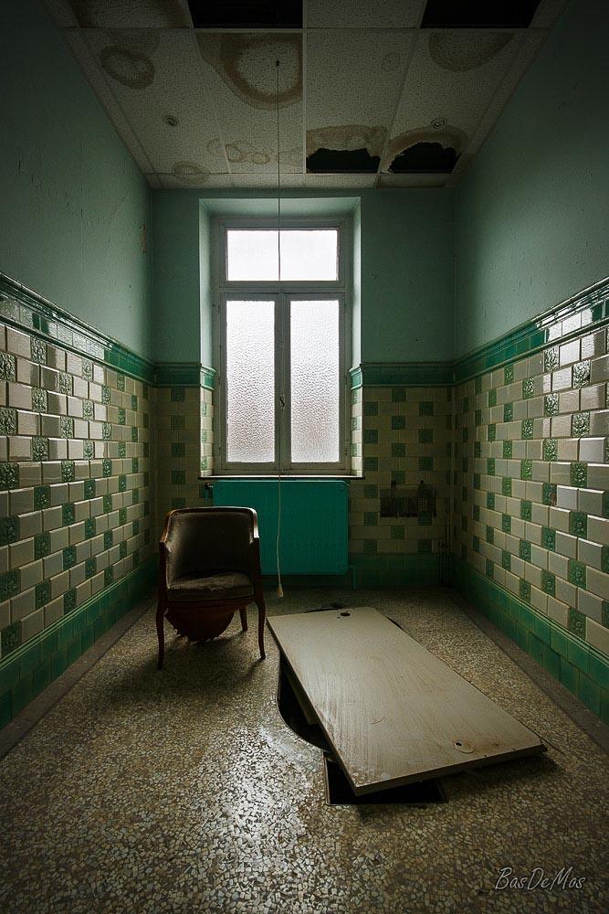 Bathhouse_38