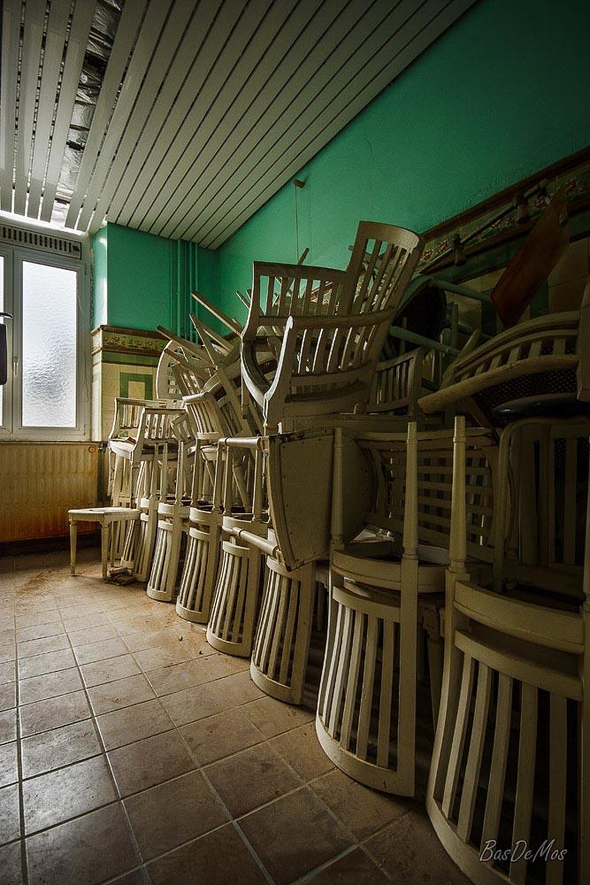 Bathhouse_41