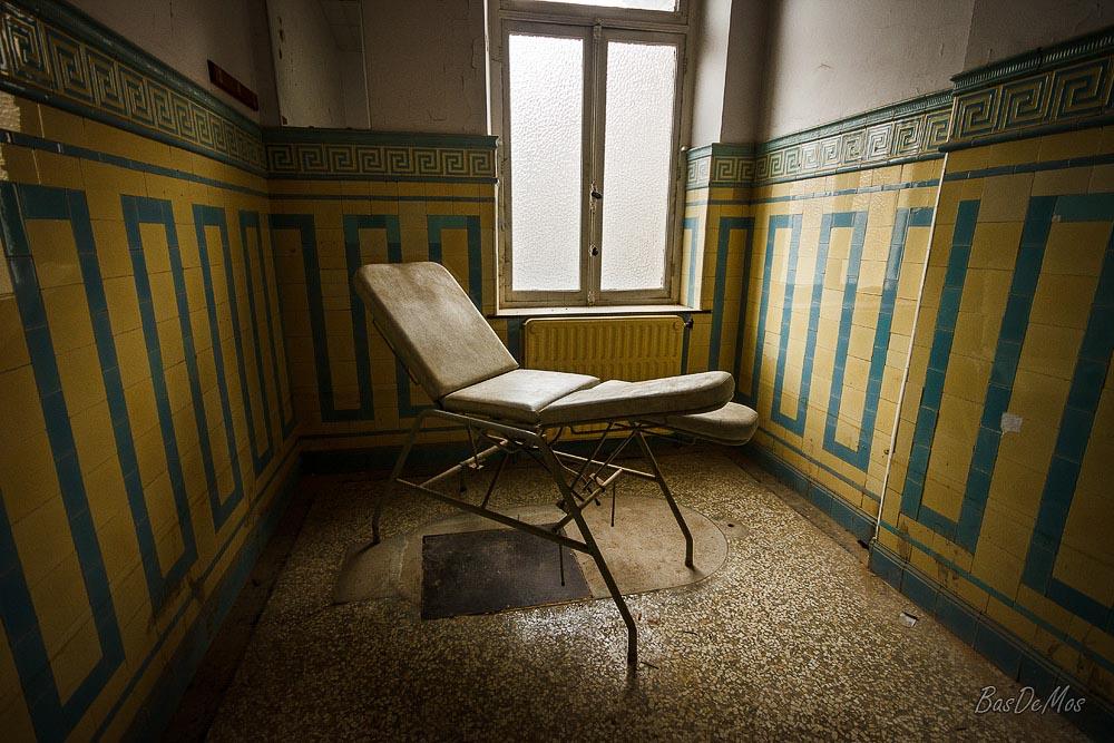 Bathhouse_42
