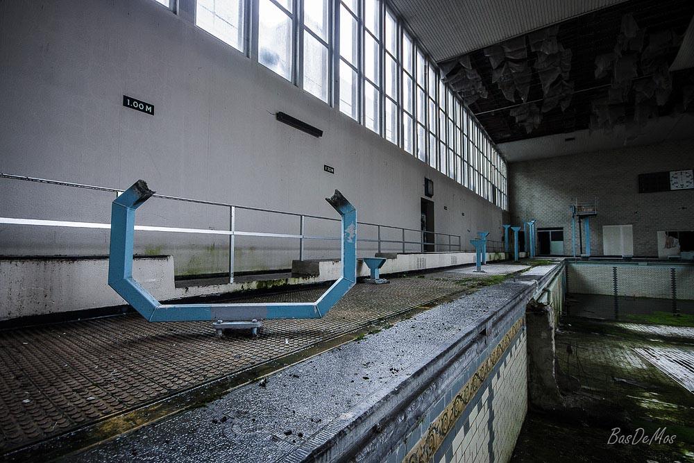 The_Swimming_Pool_13